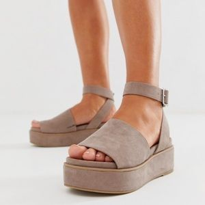 ASOS Design Wide Fit Taylor Flatform Sandal